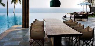 table holiday house beach sea